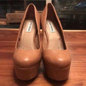 Steve Madden Greedy Platform Heel Size 9.5